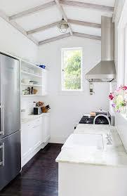 Small White Kitchen Design Ideas by Best 25 Tiny Kitchens Ideas On Pinterest Little Kitchen Studio