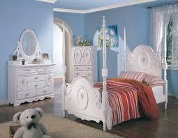 White Bedroom Collections Teen U0027s White Wash Elegant Four Post Bedroom Set 250