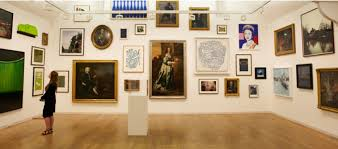Home Of Queen Elizabeth Damien Hirst Painted A Portrait Of Queen Elizabeth For The