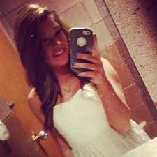Allie      Columbus  OH   Wants to date with guys