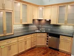 Maple Creek Kitchen Cabinets by Maple Kitchen Cabinets Light Maple Cabinets Houzz Decorating