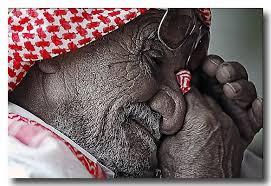عندما يبكي الرجاااااااال images?q=tbn:ANd9GcR