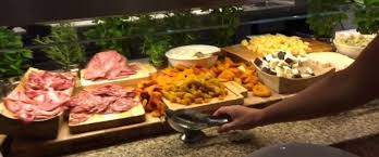 Best Buffet In Las Vegas Strip by Take A Tour Of One Of Las Vegas U0027 Biggest And Best Buffets Abc News