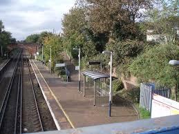 Sholing railway station