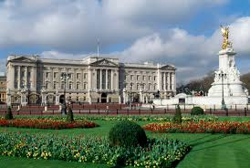 Home Of Queen Elizabeth Queen Elizabeth Turns 90 A Look At Her Wealth And Perks