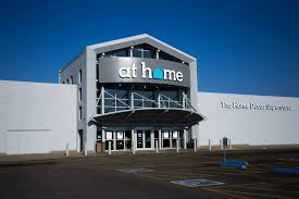 Home Design Stores Houston by As Wal Mart Thinks Small This Retailer Says Bigger Is Better