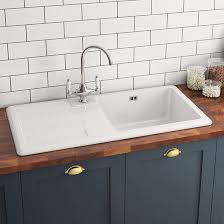 Fireclay Farmhouse Large Belfast White Ceramic Kitchen Sink - Ceramic white kitchen sink