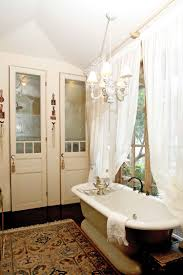 Small Bathroom Makeovers by Vintage Bathroom Makeover Traditional Bathroom Decoration