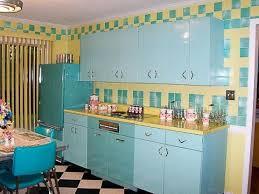 Retro Kitchens Tips To Create A Funky Retro Kitchen Style Wearefound Home Design