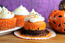 Fun Halloween Cakes 11 Hauntingly Fun Halloween Cupcake Recipes