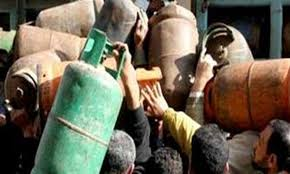 الجزائر ترسل الى الشعب المصري20الف طن من غاز البوتان  Images?q=tbn:ANd9GcRTPv2ovCp9Ws5xuzVET73Ipm5EJLvxSNZQPXxz0QyIMc8UajnIFw