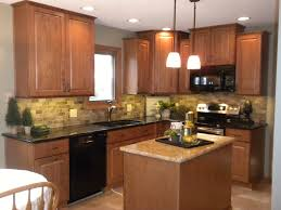 Kitchen Oak Cabinets by Best Images About Kitchen Backsplash With Dark Countertops On Oak