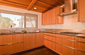 How To Clean Kitchen Cabinet Hardware by How To Beautify A Kitchen With Maple Kitchen Cabinets Kitchen Ideas