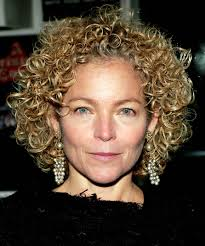 short haircuts for frizzy curly hair the best hairstyles for naturally curly hair naturally curly