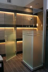 Magnet For Shower Door by Best 20 Glass Showers Ideas On Pinterest Glass Shower Glass