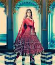 Dia Mirza As Pakeezah's Meena Kumari | Zeenat Style