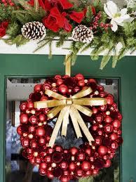 10 diy christmas wreaths hgtv
