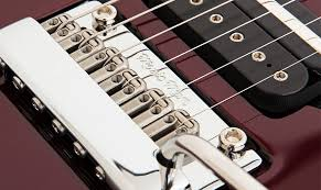 John Petrucci     Guitars   Ernie Ball Music Man John Petrucci Highlight