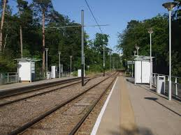 Coombe Lane tram stop