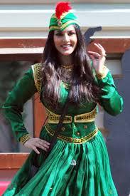 Sunny Leone as Anarkali