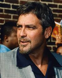 "George Clooney Photo. zoom. http://imagecache5d.allposters.com/watermarker/10-1061-RZML000Z.jpg?ch=866&cw=693. Bemærk - Vandmærket nedenfor (""AllPosters"") ... - george-clooney"