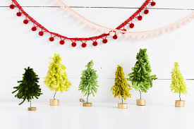 Christmas Tree Ideas 2015 Diy Diy Mini Yarn Christmas Trees