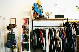 Good Furniture Stores In Los Angeles Thrift Shop Culture Los Angeles Fashion On A Budget Doorsteps Rent