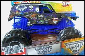 grave digger monster truck song amazon com wheels monster jam son uva grave digger 1 24 scale