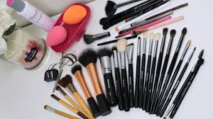 how to clean your makeup brushes beginner friendly youtube