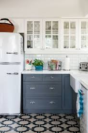 How To Paint Kitchen Cabinets Video Kitchen Kitchen Cabinets White Valuable European Kitchen