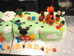 cool kiwi mickey mouse cake decorating idea ideas for mickey