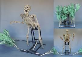 Halloween Skeleton Props by Bushwacker Animated Halloween Prop Animated Skeleton Haunted