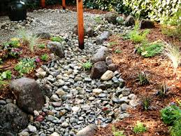 Small Rock Garden Pictures by How To Install A Dry Creek Bed How Tos Diy