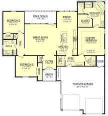 How Many Square Feet Is A 1 Car Garage European Style House Plan 3 Beds 2 00 Baths 1600 Sq Ft Plan 430 66