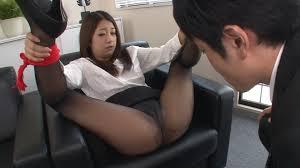 性欲処理課のノーパン女|出典 summary-img-sv.fc2.com