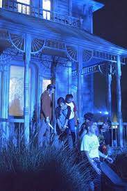 halloween horror nights peak nights 101 best universal studios hollywood images on pinterest