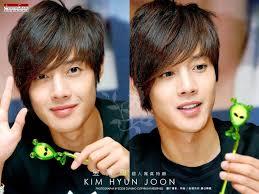 Kim Hyun Joong - Break Down  Images?q=tbn:ANd9GcRemKdaxTftGI9ql-vooo6L-6ibLyLoefw3MSiYH6IU3TfFw_7UqQ