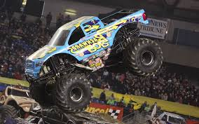 bigfoot king of the monster trucks craziest monster trucks of all time cool rides online