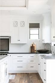 Best  Kitchen Cabinet Hardware Ideas On Pinterest Cabinet - Kitchen cabinets with knobs