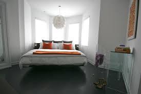 Bay Window Desk Decor U0026 Tips Great Bedroom Design With Bay Window And Pendant