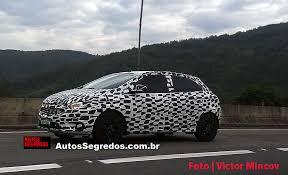 Flagra dos leitores: Chevrolet Onix e Prisma 2017 | Autos Segredos