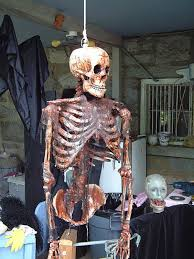 halloween decorations skeletons 14 over the top halloween decorations to terrify trick or treaters