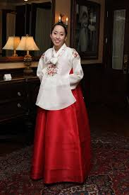 korean haristyle and hanbok Images?q=tbn:ANd9GcRiufi5nHxN57abPo81Qw8AwEOO6rOd25tmSim2D4oqwL12xbXyZA