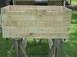 Build Wooden Toy Chest by A Toybox Made From Pallet Wood Hometalk