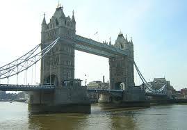 Torre de Londres. Images?q=tbn:ANd9GcRjG_7ElPg2P3q7aUiVkFwSWsPWX-5QZPuBa9Lsihoh13vyNzI&t=1&usg=__5zvCDcm3HVLsbc0E4VUSp5ngY_c=