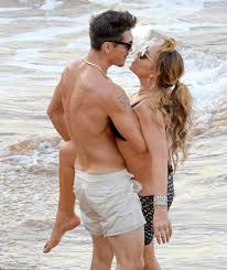 Mariah Carey confirms romance with dancer toyboy after James     Daily Mail Touch My Body  At one point during the steamy display Bryan wrapped Mariah     s leg around