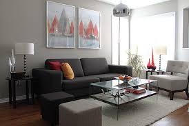 Hm Wohnung In Wien Design Destilat Wohnzimmer In Grau Und Lila Haus Design Ideen