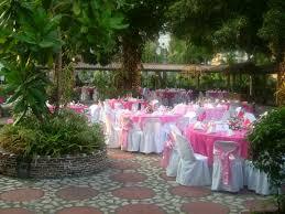 outdoor table decor