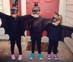 Bat Costumes Halloween 10 Amazingly Easy Halloween Costumes Start Bed Sheet