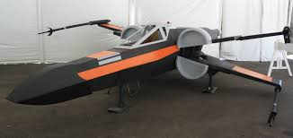 airplane wing office desk flight level furnishings has a solution